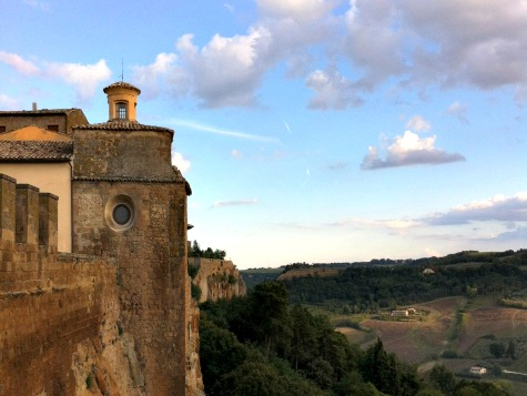BrowsingItaly.com » Orvieto: Cliff