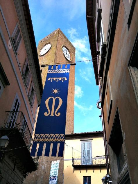 BrowsingItaly.com » Orvieto: Torre del Moro