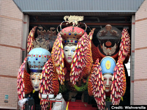 Carnival Viareggio - Gigantic Floats