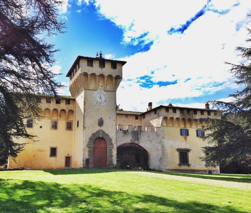 "Villa of Cafaggiolo | Italy ""Show and Tell"": Mugello | BrowsingItaly.com"