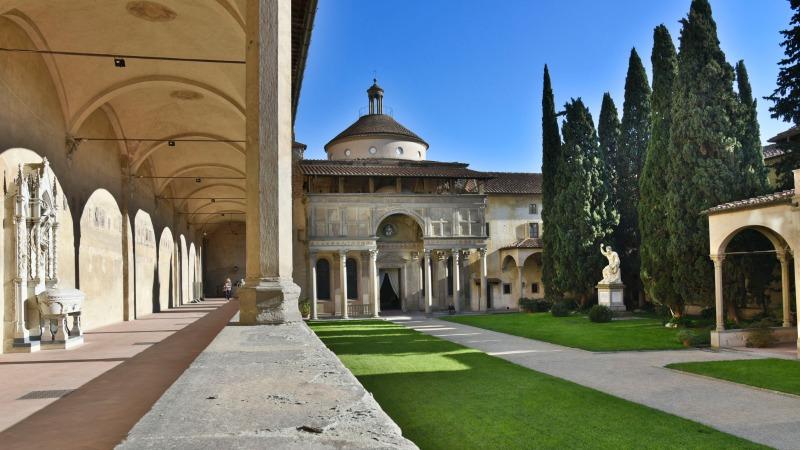 Loggia Pazzi Chapel | #CrazyforPazzi campaign | BrowsingItaly.com