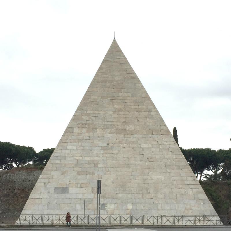 Pyramid of Cestius in Rome | 25 Favorite Photos of Italy on Instagram | BrowsingItaly.com