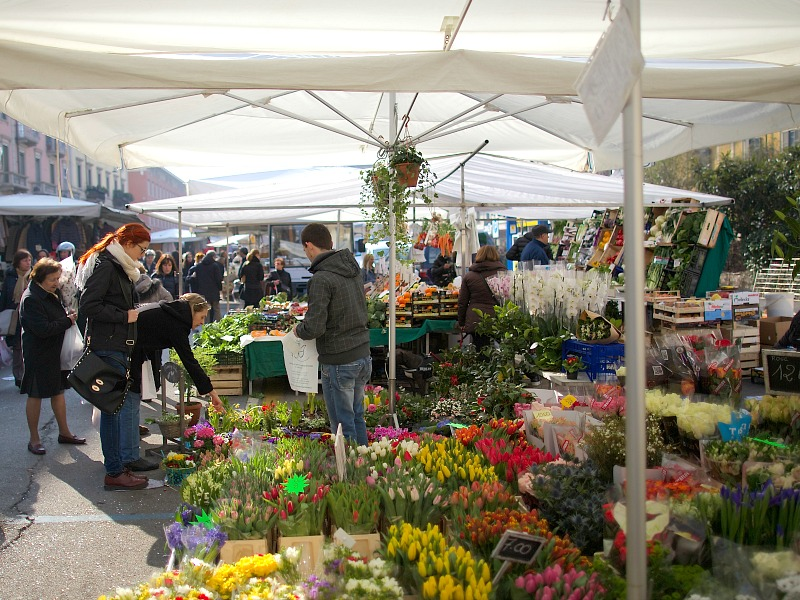 Market at San Marco, Milan | Photo credit: Heather Carlson | BrowsingItaly