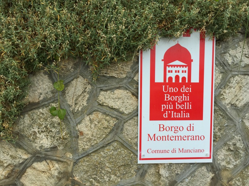 Montemerano in Maremma, Tuscany is one of the most beautiful villages in Italy | BrowsingItaly.com