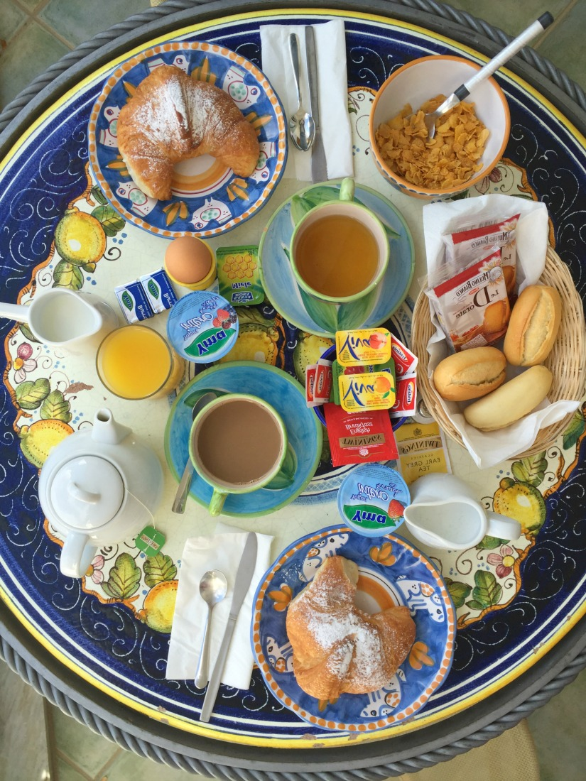 Breakfast at Rosa dei Venti in Positano | BrowsingItaly.com