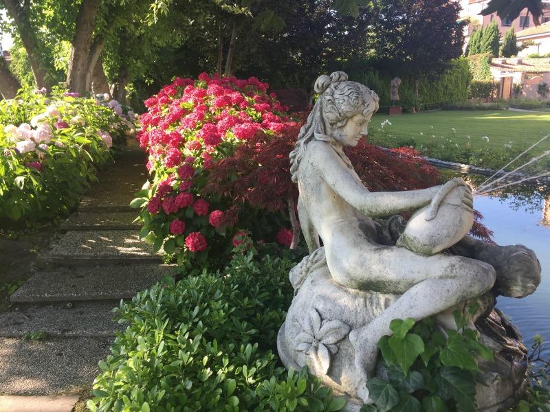 Garden at Belmond Cipriani, Venice | BrowsingItaly.com
