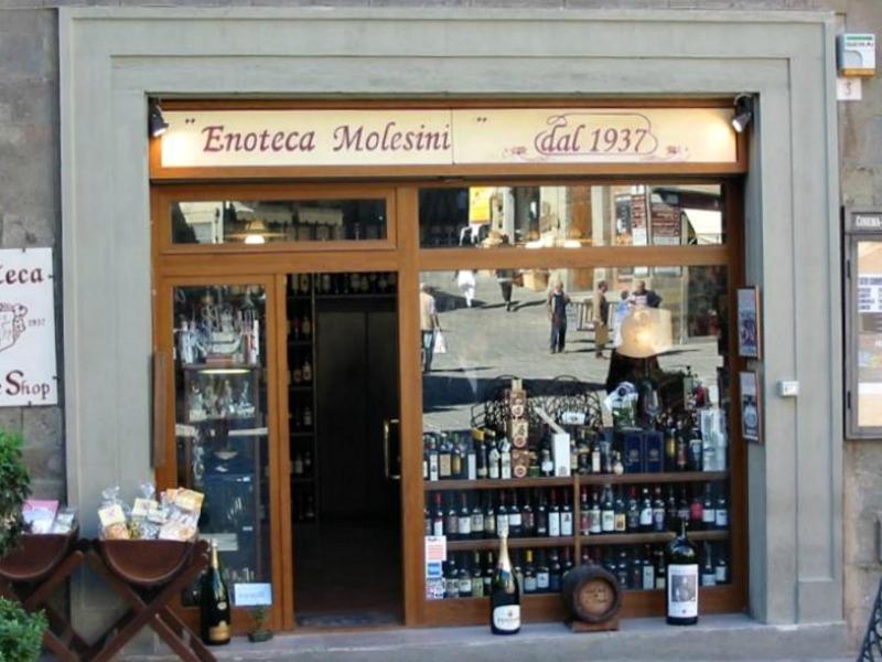 Enoteca Molesini in Cortona, Tuscany
